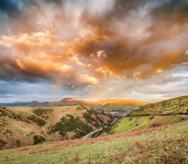 Let loose in the great outdoors this November with these fantastic walking break offers