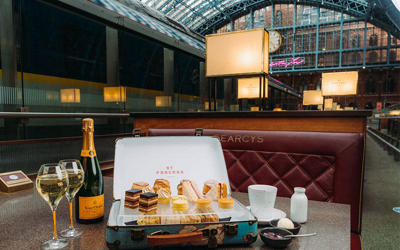 Champagne Bar, St Pancras by Searcys