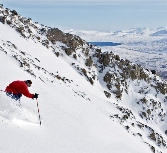 Skiing in the Highlands