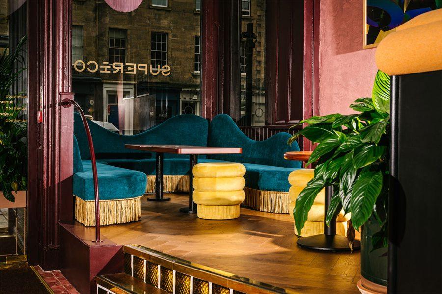 Superico Bar and Lounge
